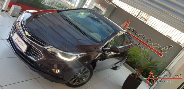 CRUZE LTZ 2 SEDAN 1.4 TURBO COMPLETO TOP COM PARK ASSIST MULTIMIDIA E MUITO MAIS 7.000 KM - 2018