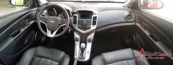 CRUZE LT HATCH 1.8 AUTOM.COMPLETO+COURO+AIR BAG+ABS - 2013