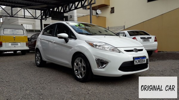 ORIGINAL CAR VEÍCULOS-NOVA-PRATA-NEW-FIESTA-1.6-SE-HATCH-16V-FLEX-2013R$ 36.500,00