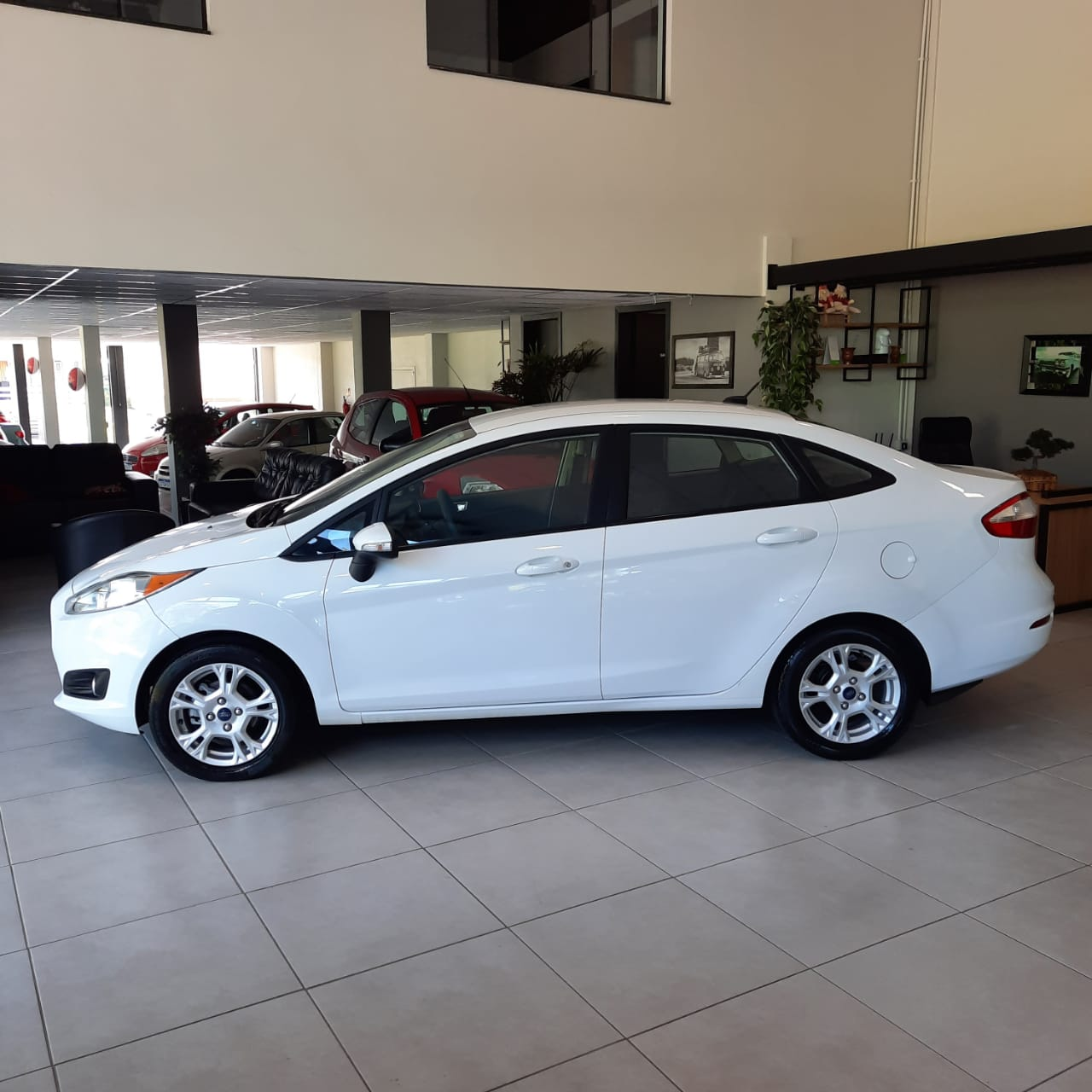 FORD FIESTA SEDAN 1.6 FLEX - 2015